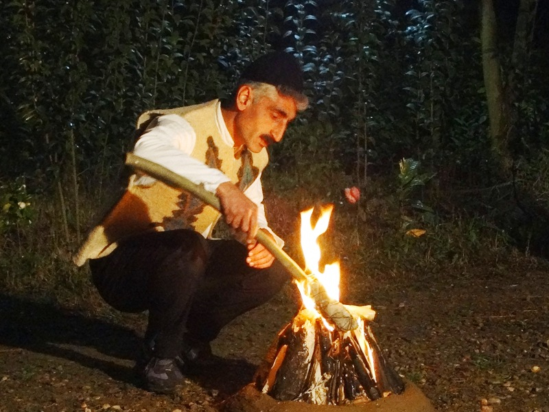 lighting up bone fire for Chaharshanbe suri festival