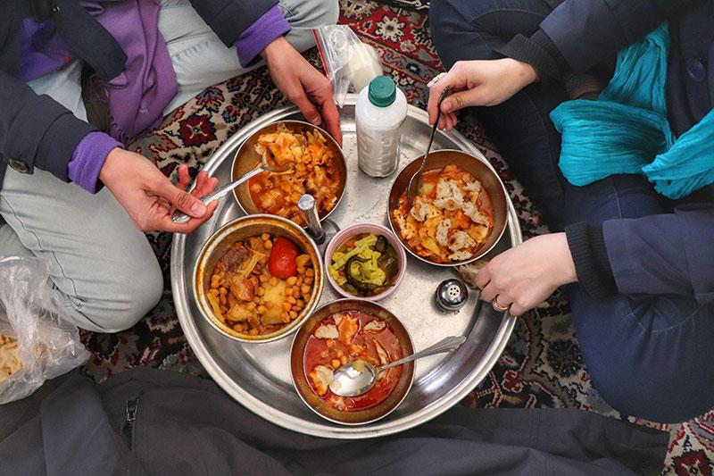 Local food in Tehran Grand Bazaar