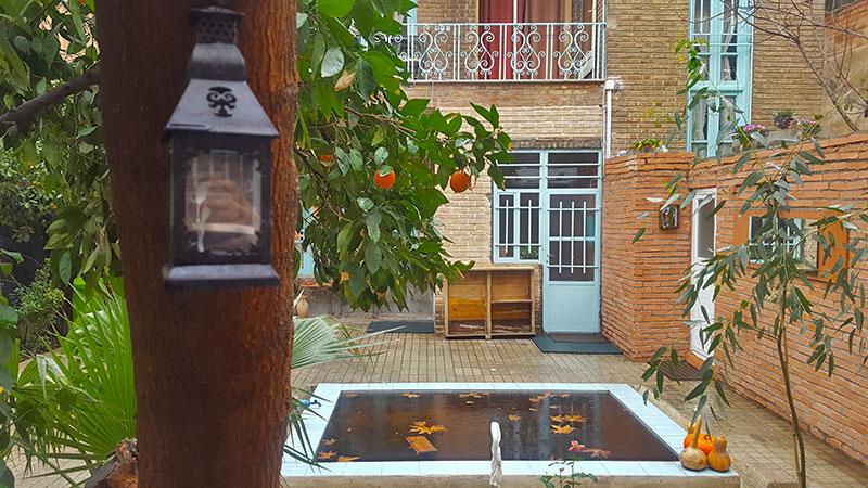 Cedar hostel in the pulsing heart of Tehran