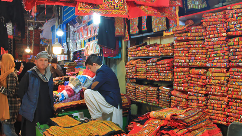 chabahar bazaar and colours of Balochi textile