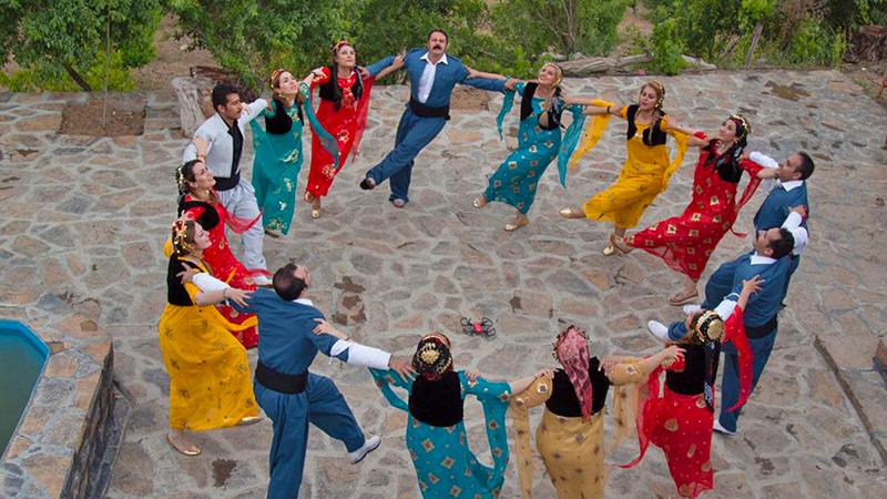 halparki dance is a way to express feelings