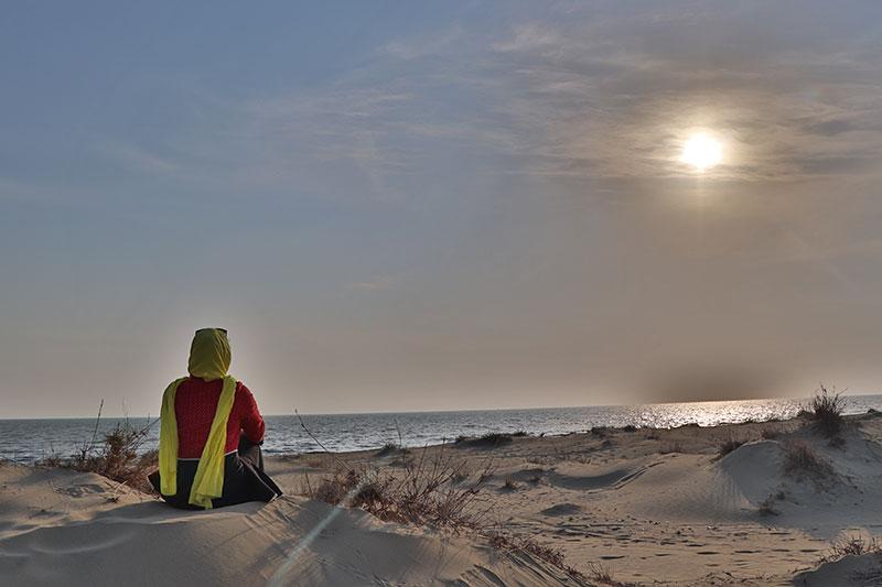 Darak beach, desert confronts the sea