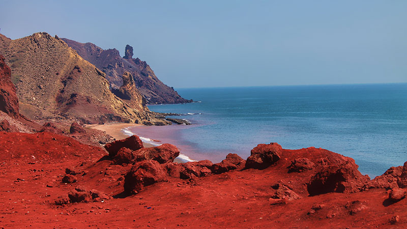 Hormuz red beach