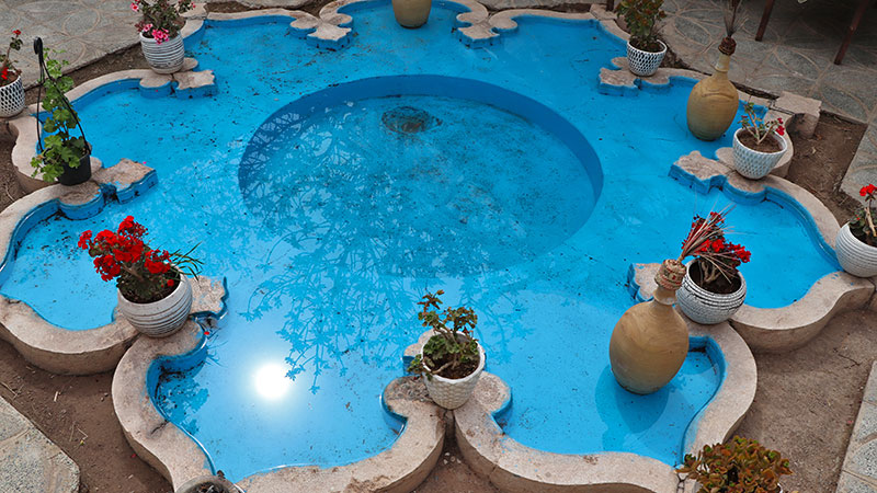 howz pool in iranian architecture