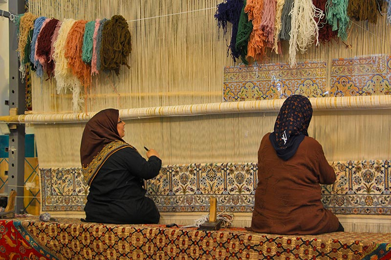 Kashan carpet weaving workshop