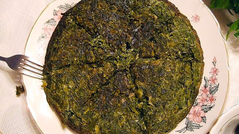 Kookoo Sabzi, Persian vegetarian meal