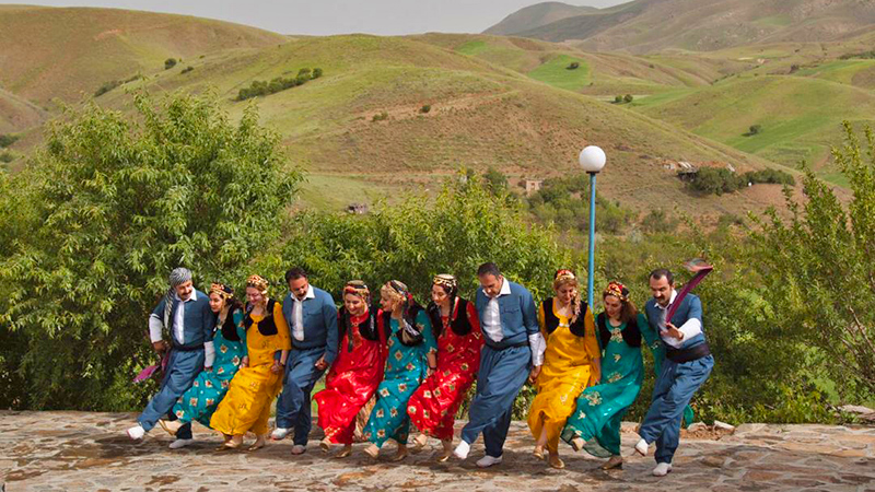Halparki Kurdish dance