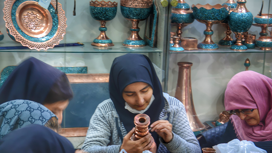 Isfahan handicrafts workshop in Bazaar