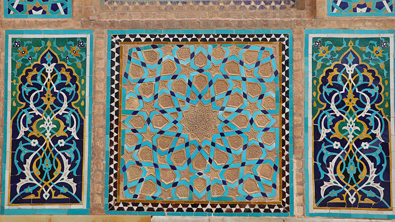 moarraq tile seramic of yazd jame mosque