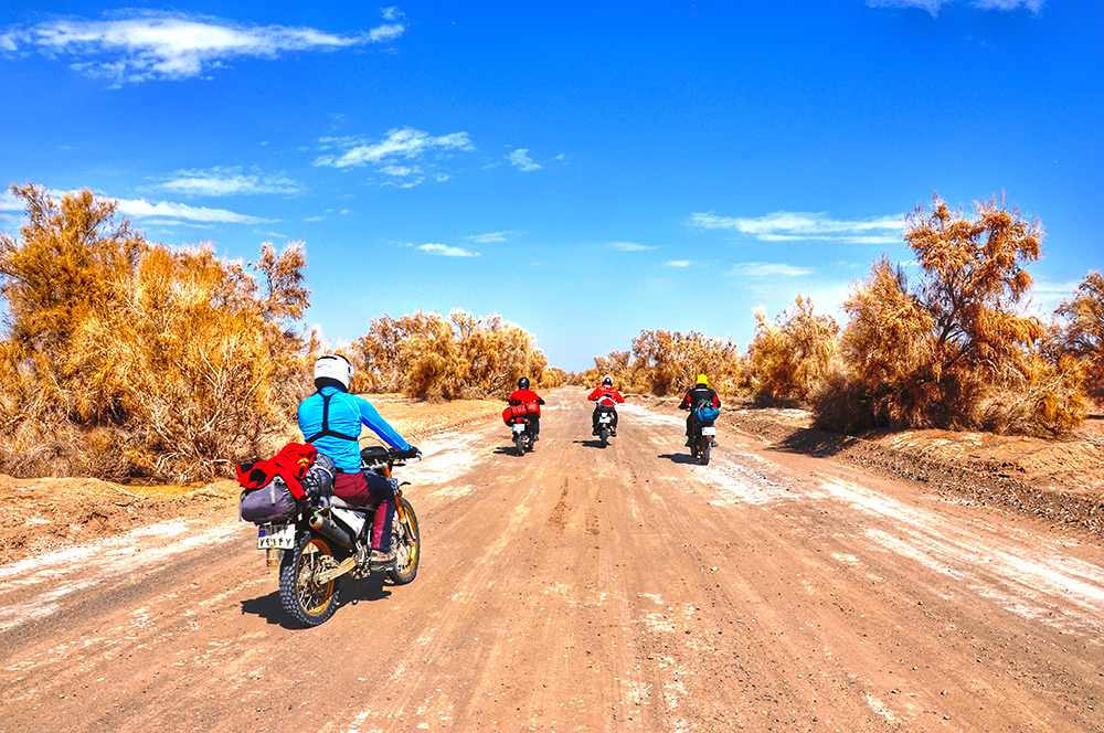 Motorcycling tour in Maranjab desert, Iran