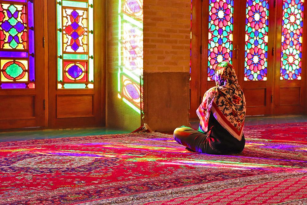 Taste Iran in 14 Days Through Experience