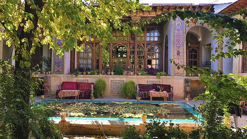 Walking Tour in Treasures of Shiraz Old City