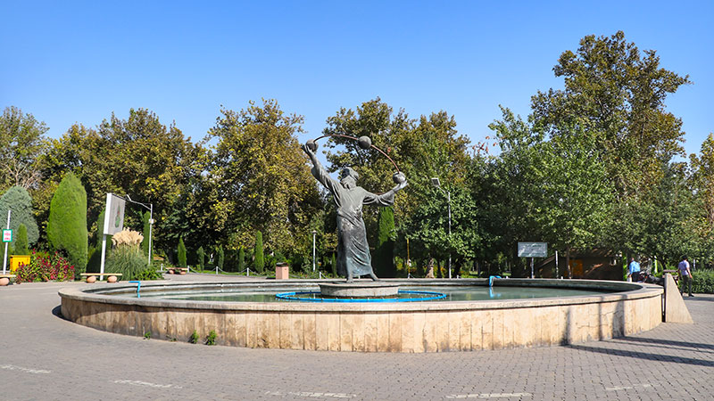 Laleh park in the north of keshavarz boulevard