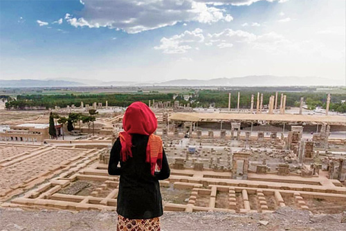 From Grandeur of Persepolis to Peace of Local Vicinity