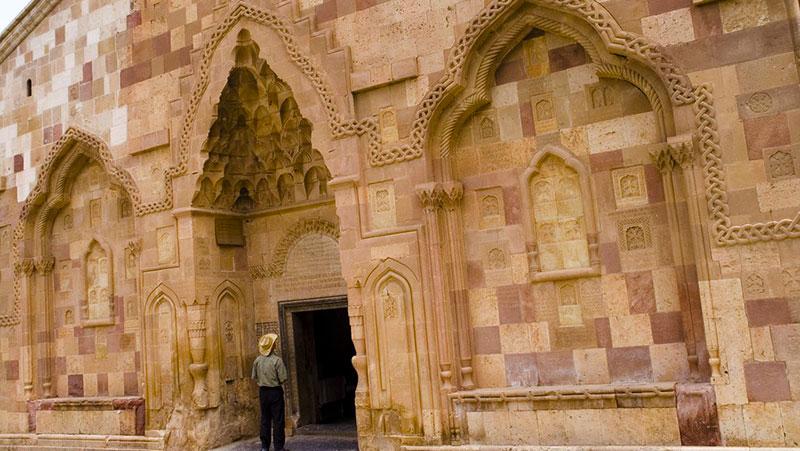 saint stepanos monastery unesco word hetirage