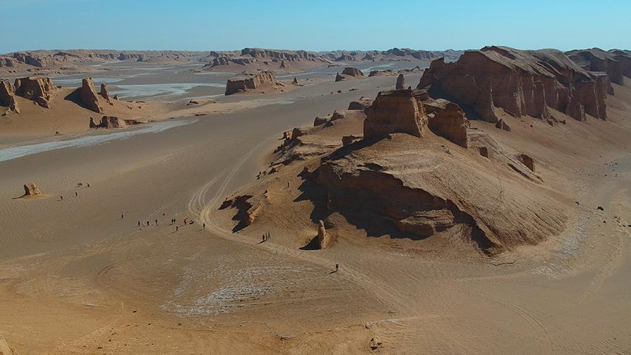 Yardangs of Lut desert reach 300 meters