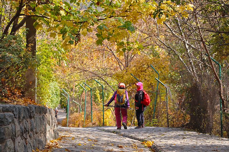jamshidiyeh park near kolak chal slopes