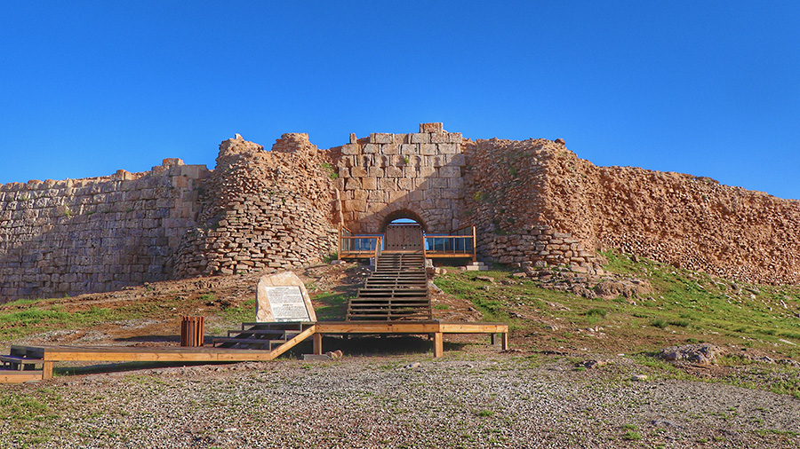 Takht- e Soleyman Site, the world heritage treasure