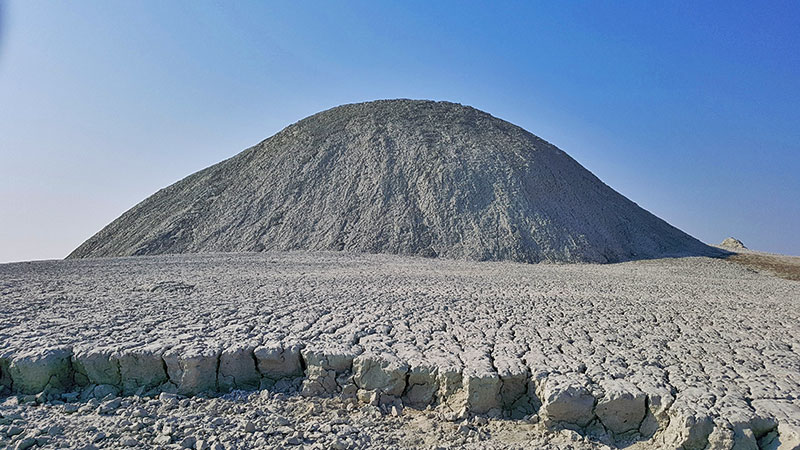 tang mud volcano in sistan and baluchistan