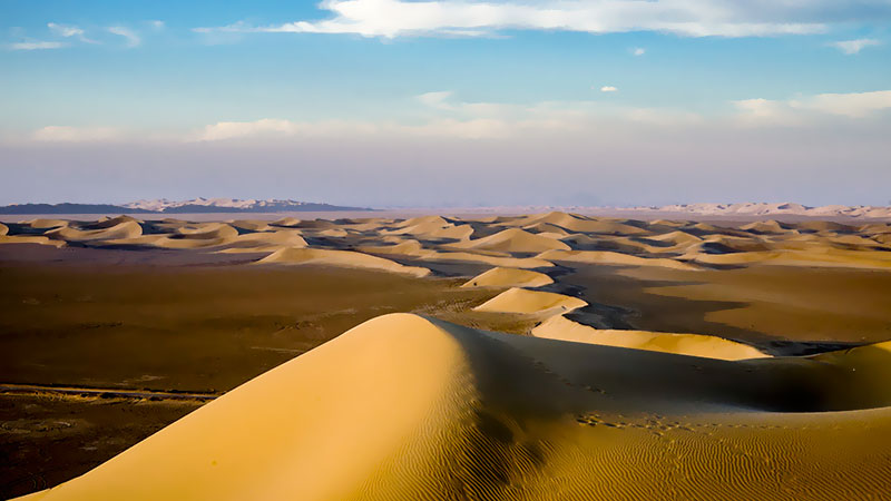 The landscape of Varzaneh desert
