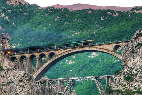 Veresk Bridge, the Born of the World War