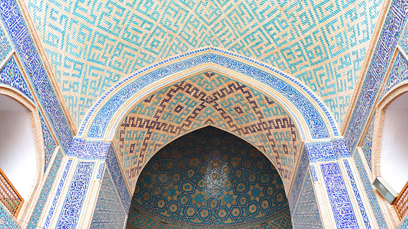 moarraq tiles of yazd jame mosque